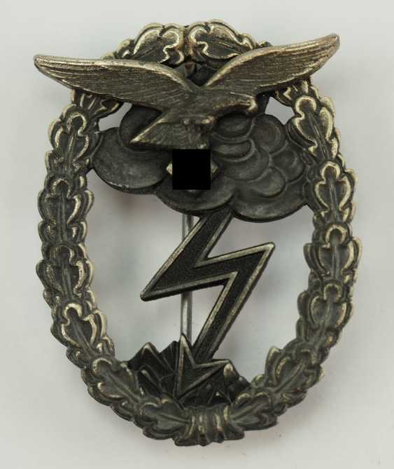Ground attack of air force badges. - photo 1