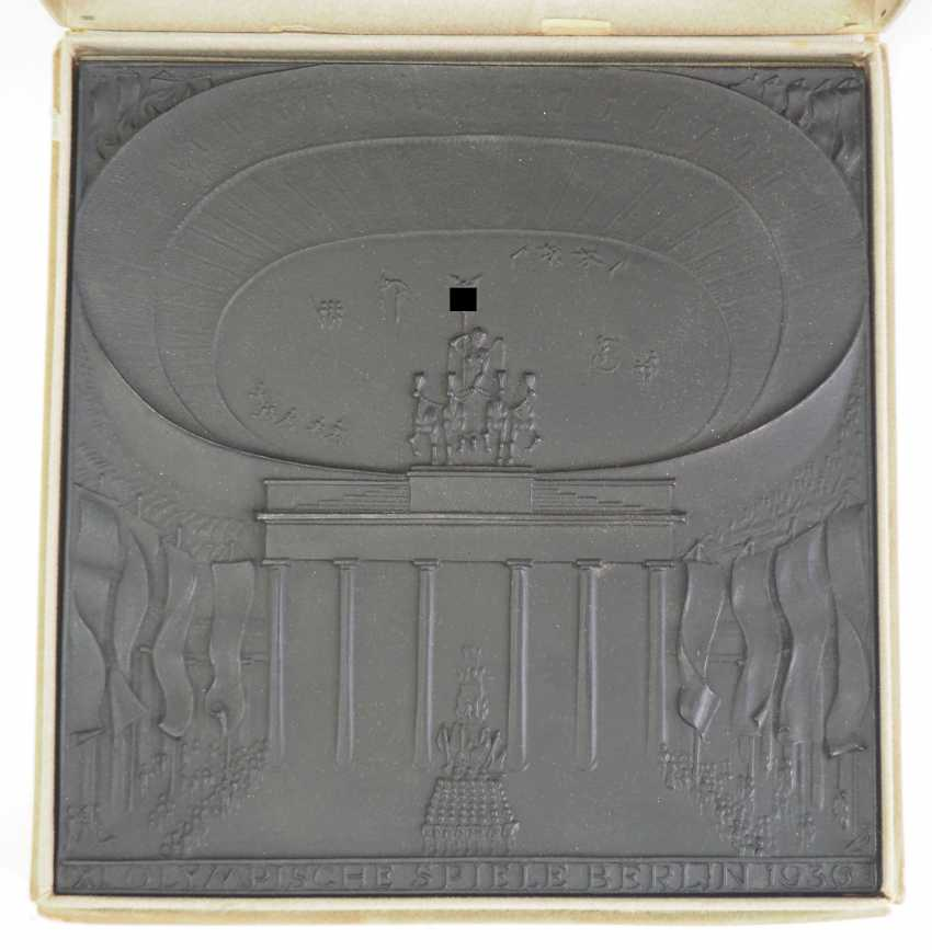 XI. Olympic games Berlin 1936 - cast iron plaque, in case. - photo 1
