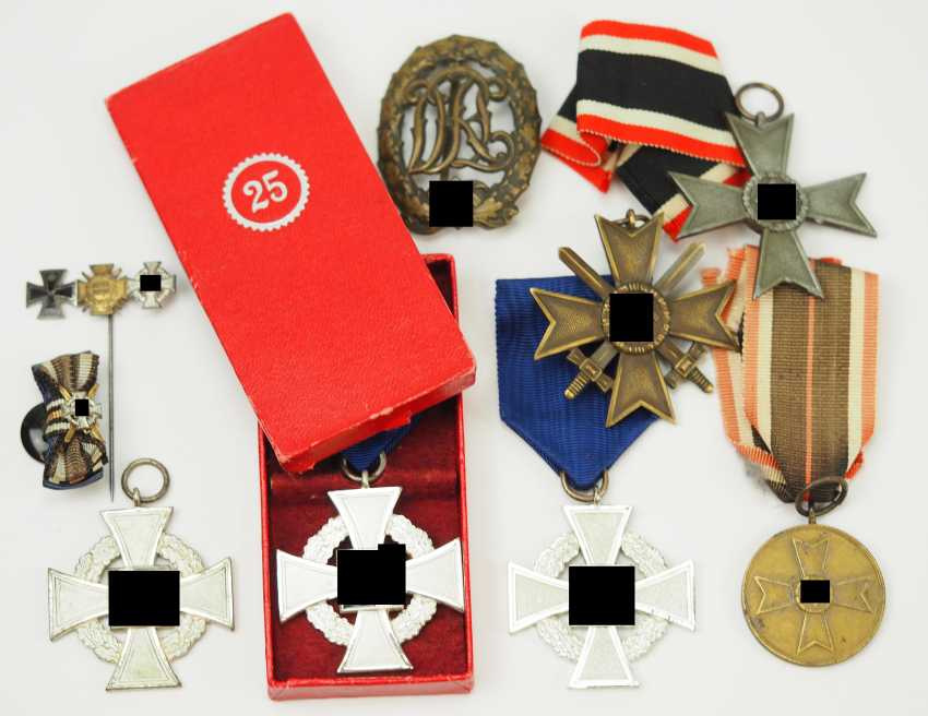 Lot of civilian awards. - photo 1
