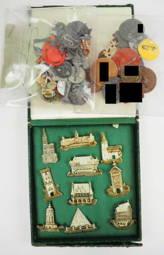 WHW and small badge collection. - photo 1