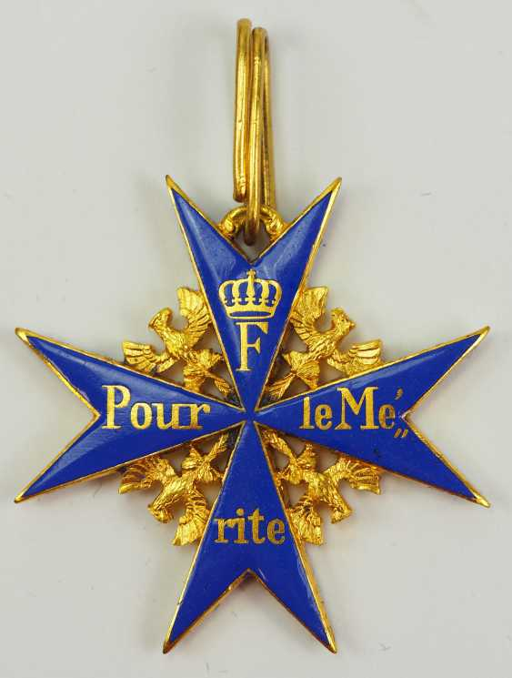 1957: Pour le Mérite for military merits, in a case. - photo 2