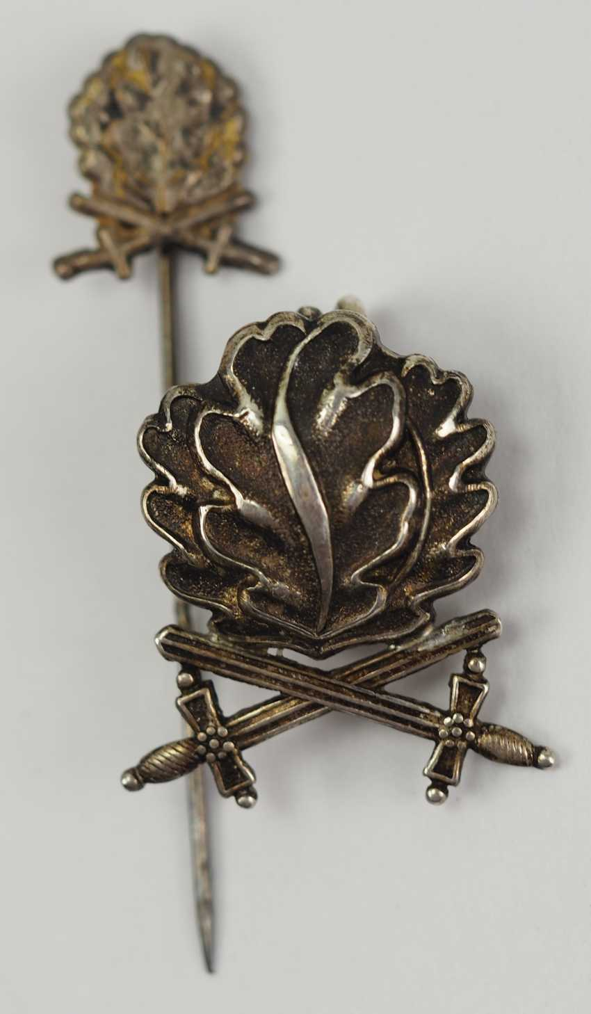 In 1957 oak leaves and swords to the knight's cross of the Iron cross, with miniature. - photo 1