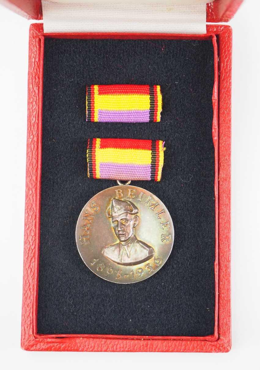 GDR: Hans-Beimler medal, in a case. - photo 2