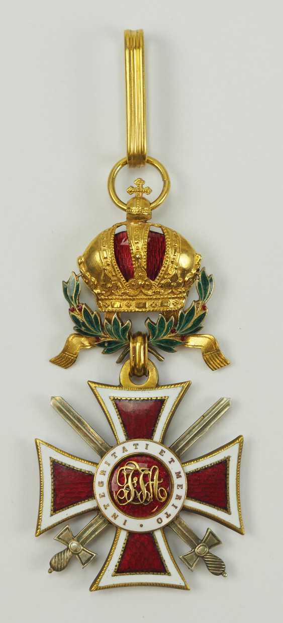 Austria: Leopold order, knight commander's cross with swords and war decoration. - photo 1