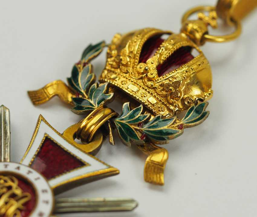 Austria: Leopold order, knight commander's cross with swords and war decoration. - photo 3