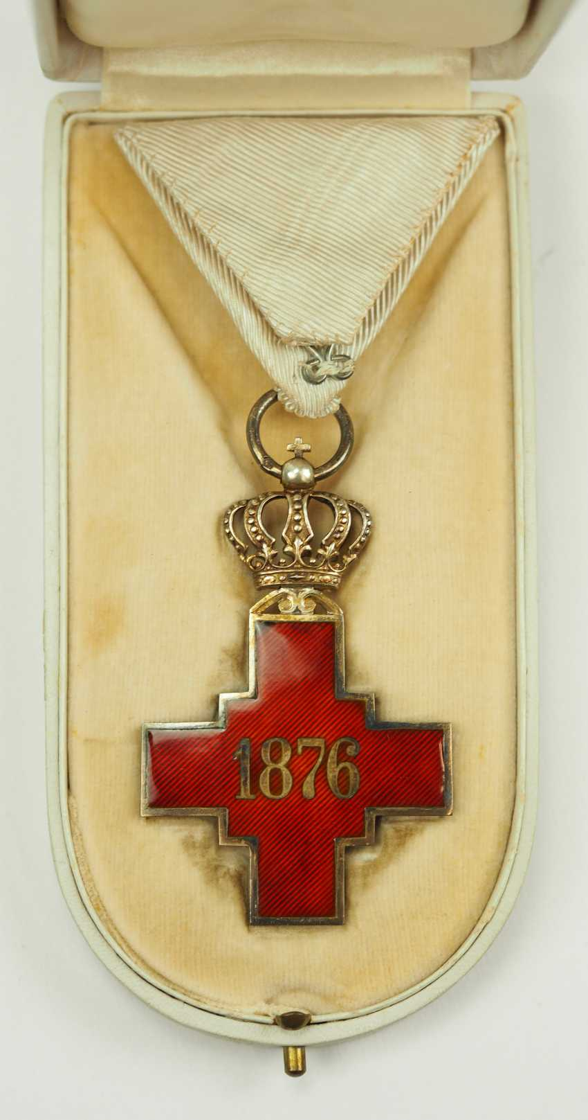 Serbia: order of the Red cross society of the Kingdom of Serbia, 2. Model (1882-1941), in a case. - photo 3