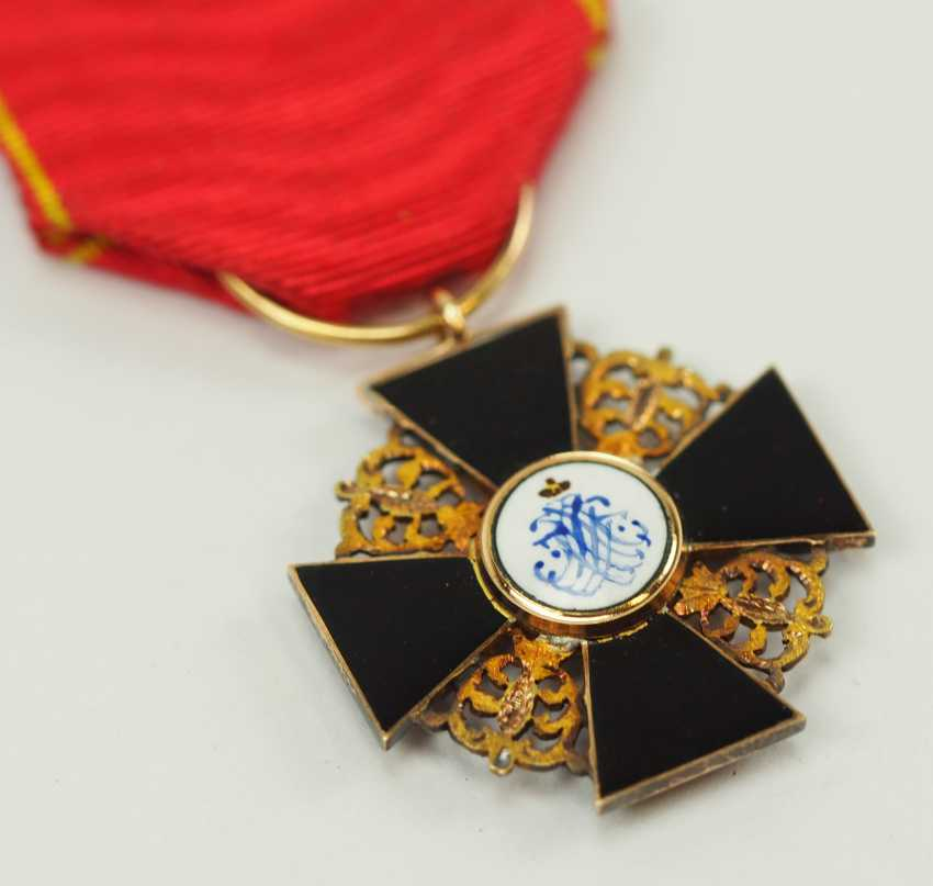 Russia: order of St. Anna, 2. Model (1810-1917), semi-miniature with black enamel. - photo 4