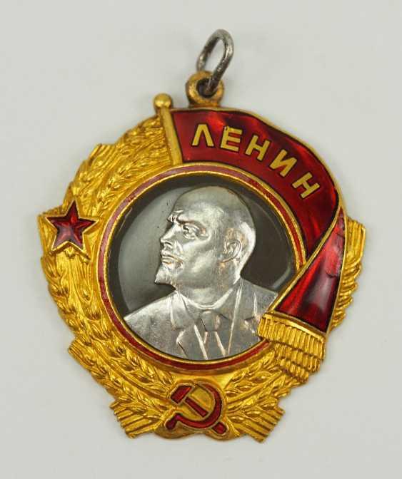 Soviet Union: Order Of Lenin, 5. Model, 1. Type. - photo 1