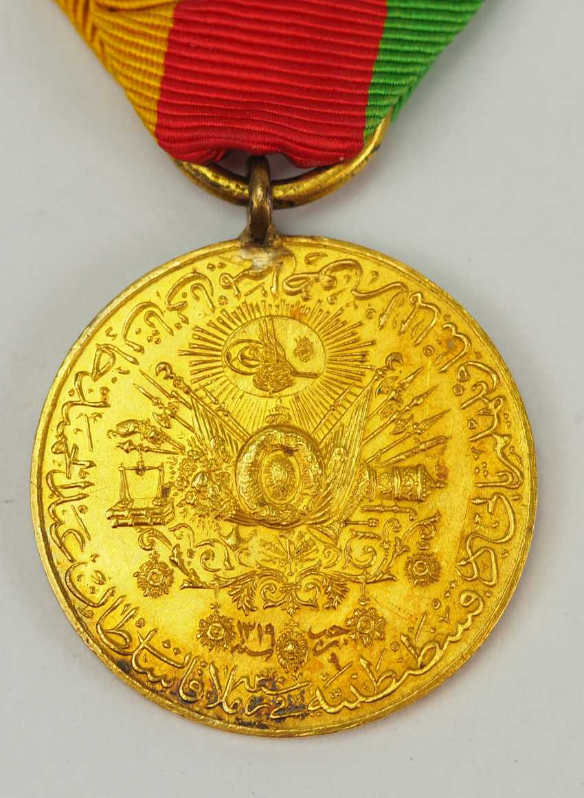 Turkey: medal commemorating the visit of Kaiser Wilhelm II., 1889, in Constantinople, in Gold. - photo 3