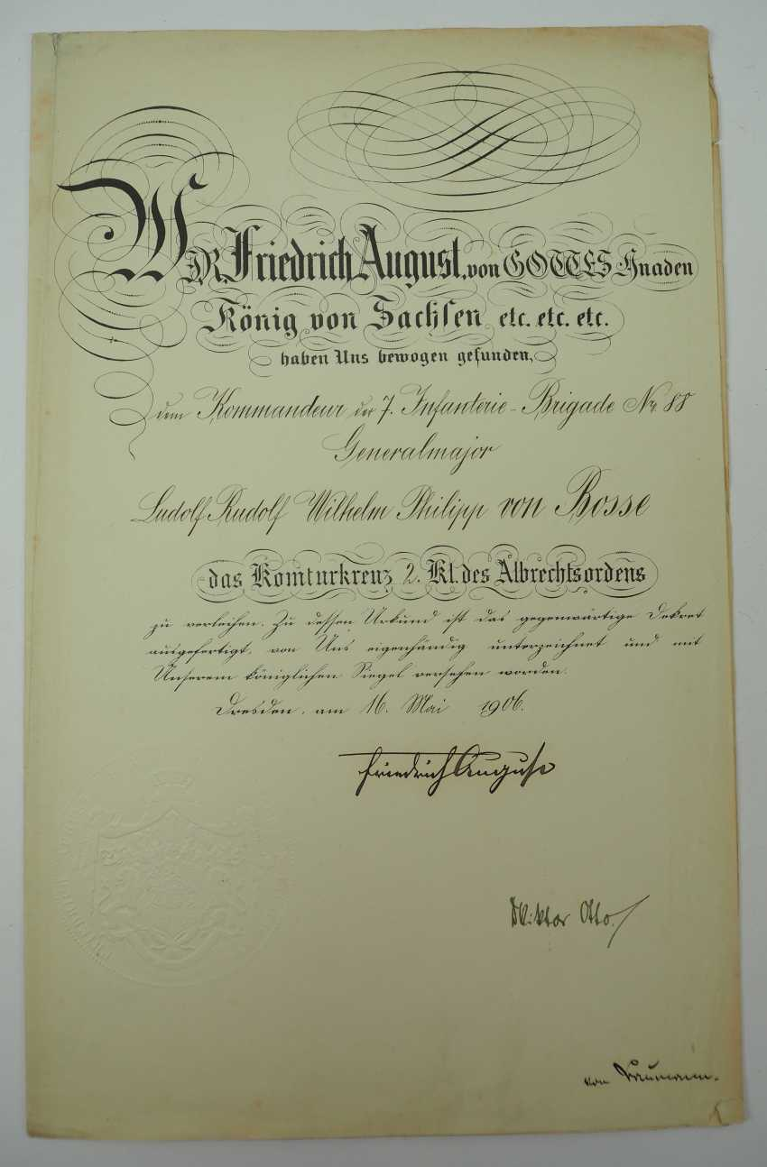 """Saxony: group of certificates of the commander of the 8. Infantry-Regiment """"Prinz Johann Georg"""" No. 107 - 5 Bar. East Asian Infantry Regiment. - photo 3"""