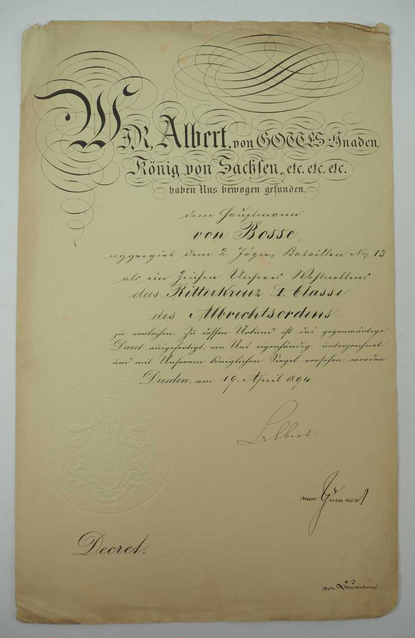 """Saxony: group of certificates of the commander of the 8. Infantry-Regiment """"Prinz Johann Georg"""" No. 107 - 5 Bar. East Asian Infantry Regiment. - photo 4"""
