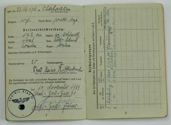 Pay book of a senior physician of the Wehrmacht - Fast Slovak Division. - photo 3