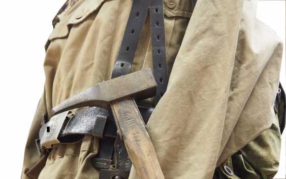 Wehrmacht: estate of a Gebirgsjäger - mountain infantry Regiment 1 / 137. - photo 7