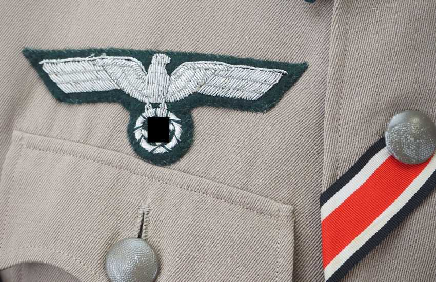 Wehrmacht: field blouse of a Sergeant in the mountain infantry Regiment 99. - photo 3