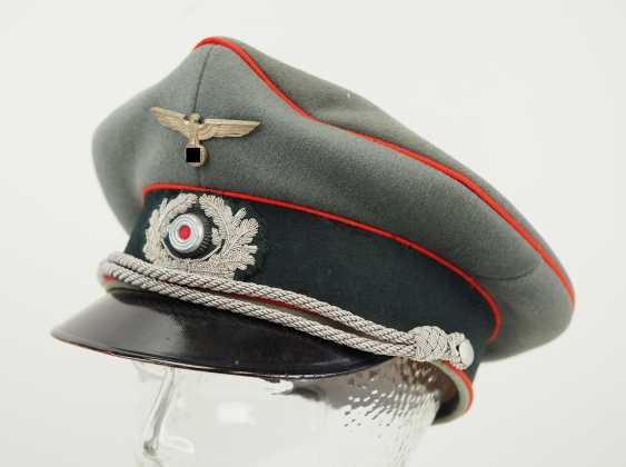 Wehrmacht: visor cap for officers of the artillery. - photo 1