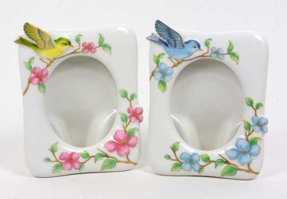 2 Porcelain Picture Frames - photo 1