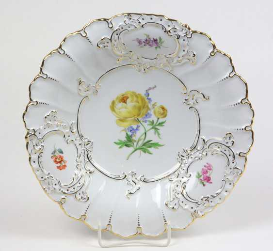 Meissen Ceremonial Plate *Flower 2* - photo 1