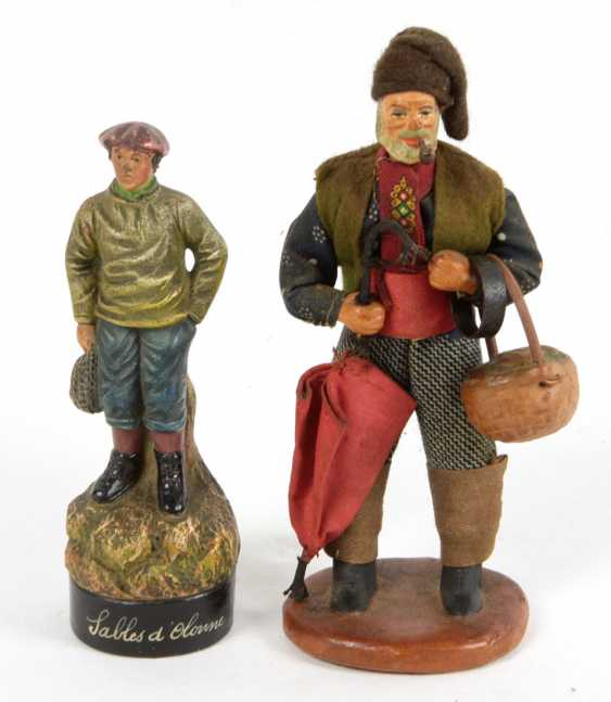 2 souvenir figures - photo 1