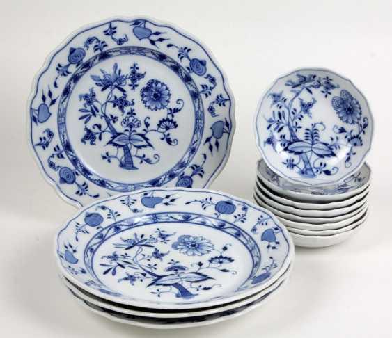 Set of dessert bowls, etc *onion pattern* - photo 1