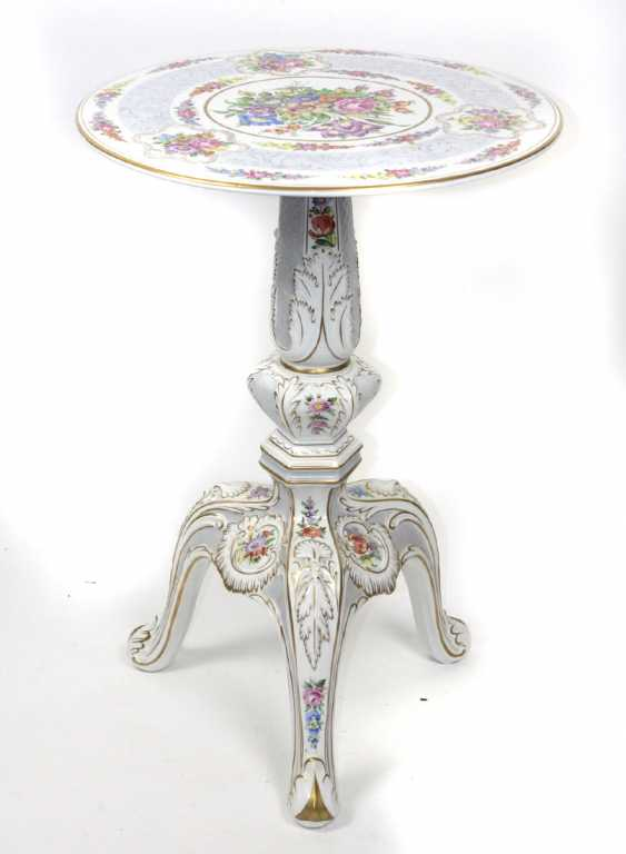 hand-painted porcelain table - photo 1
