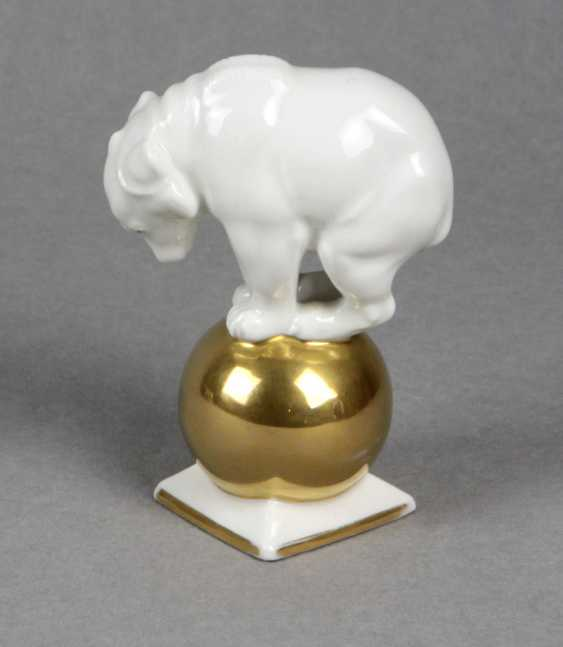 Bear on gold ball - photo 1