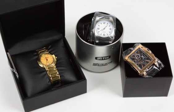 3 Mens Wrist Watches - photo 1