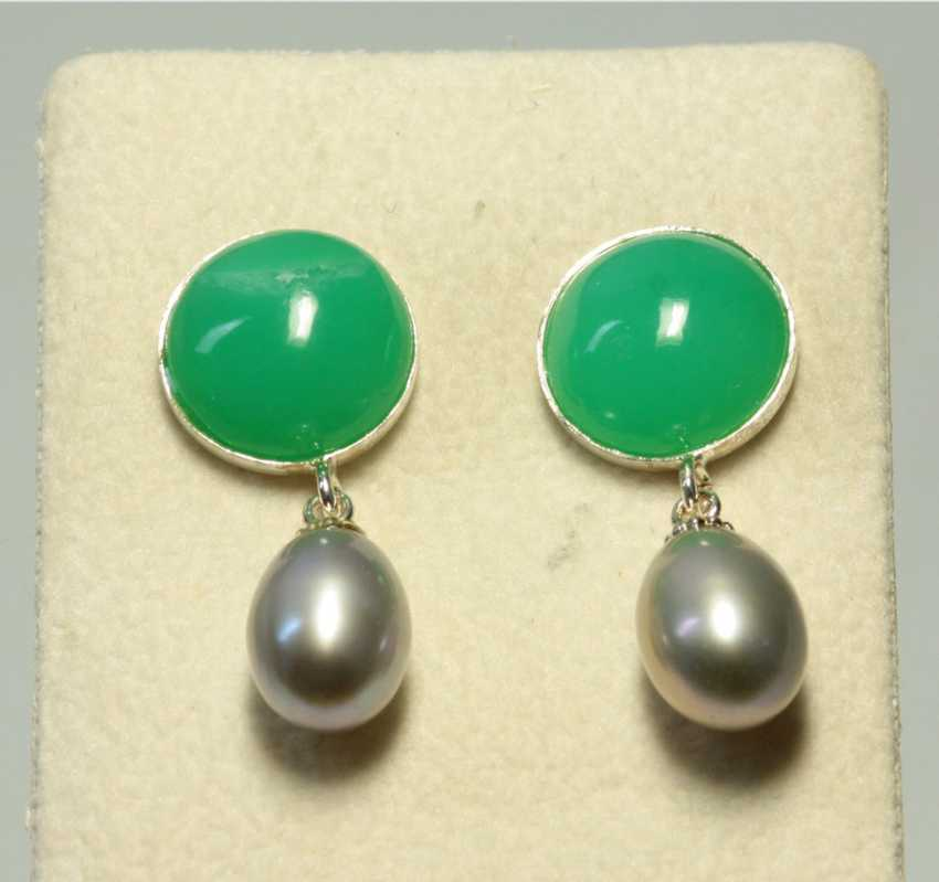 Chrysoprase Pearl Stud Earrings - photo 1
