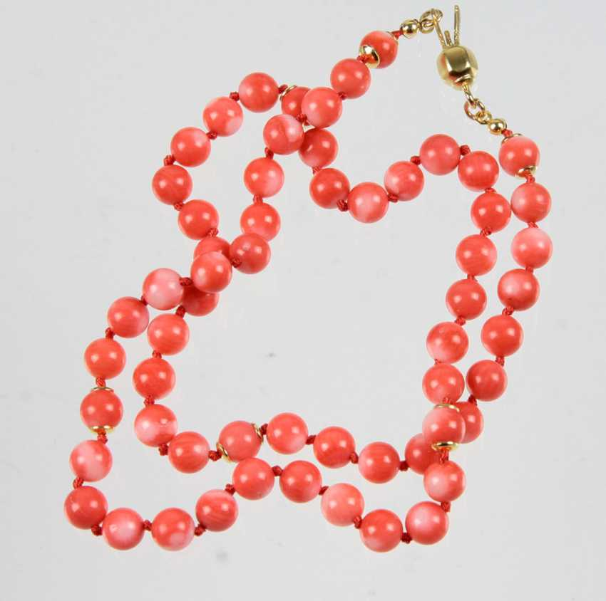 Coral Necklace - photo 1