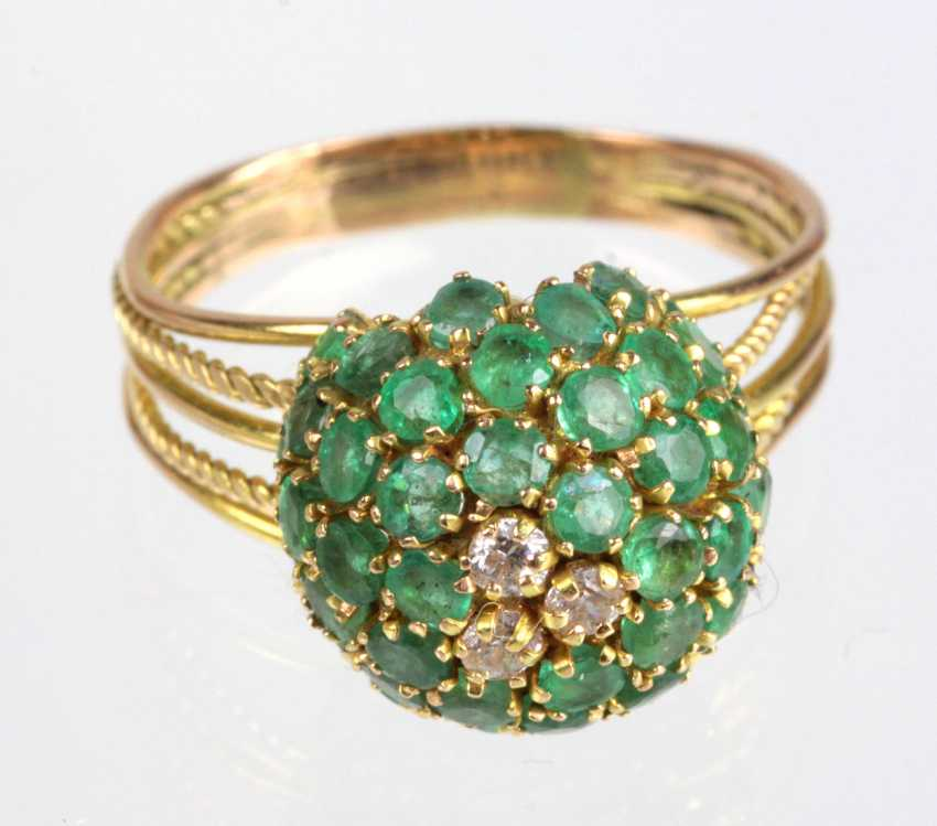 Emerald Ring with diamonds - yellow gold 585 - photo 1