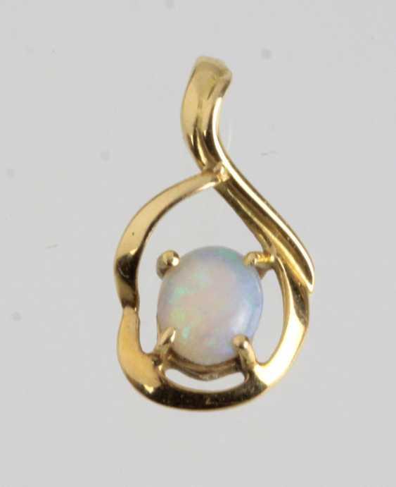 Opal Pendant - Yellow Gold 750 - photo 1