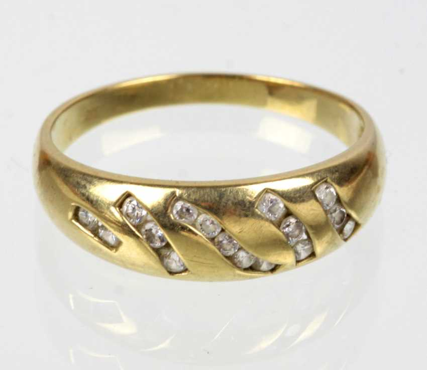 Gold ring with cubic Zirconia - yellow gold 333 - photo 1