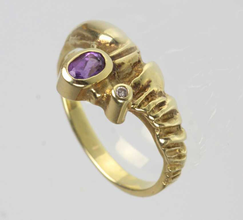 Amethyst Ring with brilliant - yellow gold 585 - photo 1