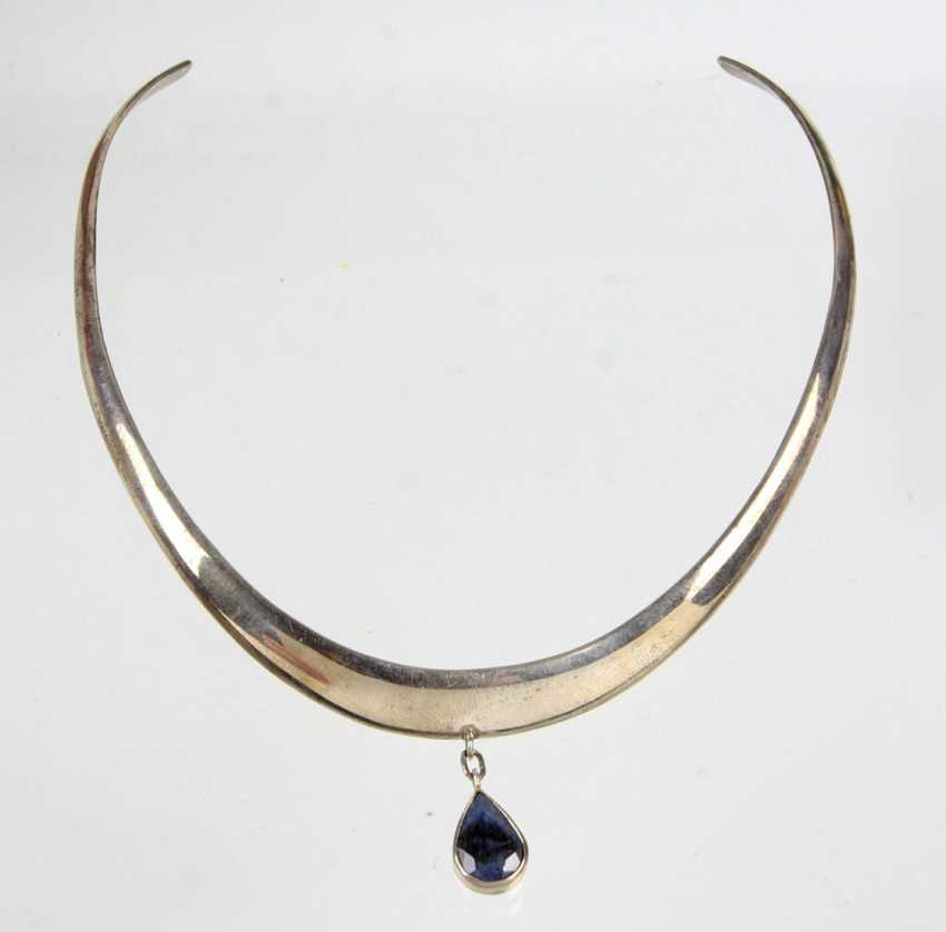 Choker with a blue sapphire 5,20 ct. - photo 1