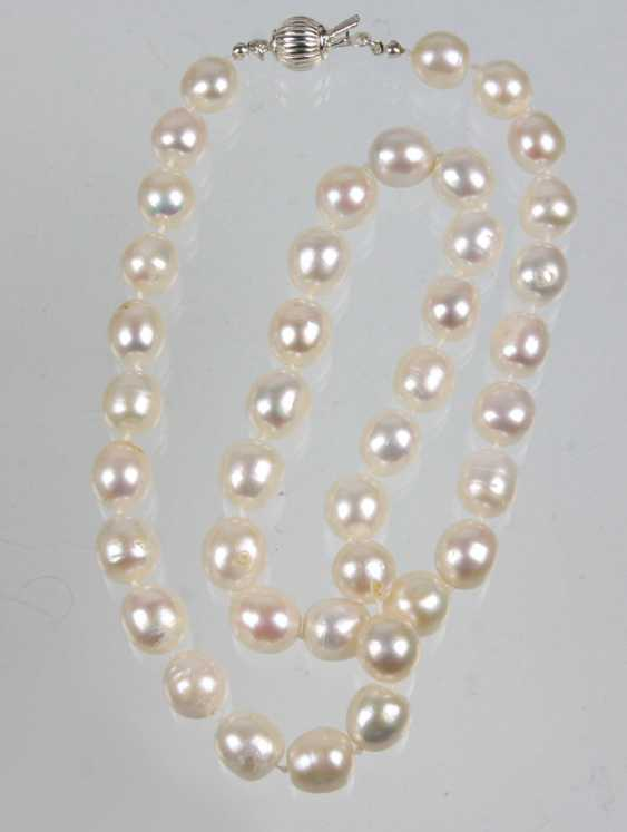large cultured pearls necklace - photo 1