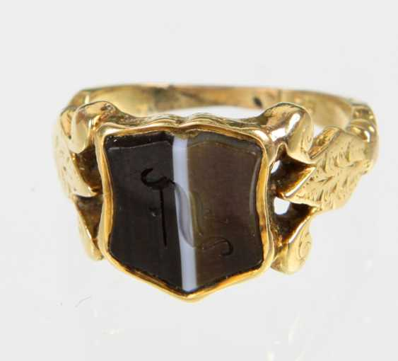 14-carat coat of arms ring dated 1850 - photo 1