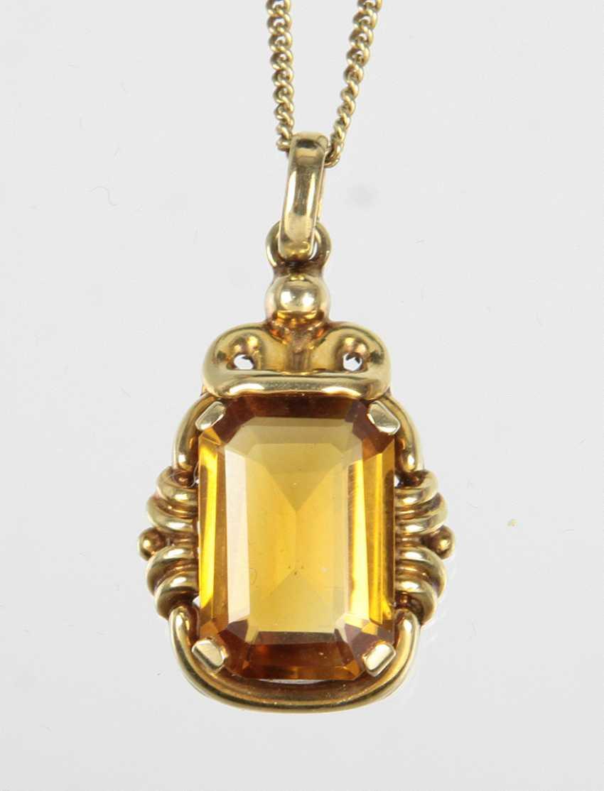 Citrine pendant on chain - yellow gold 585 - photo 1