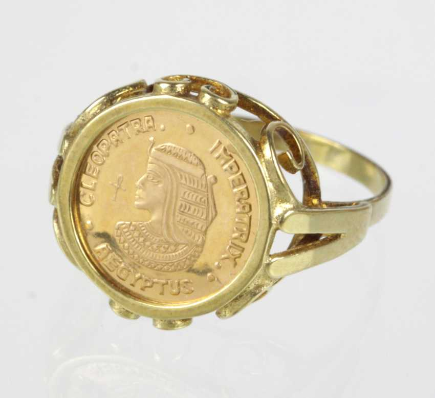 Ring with gold medal - yellow gold 585 - photo 1