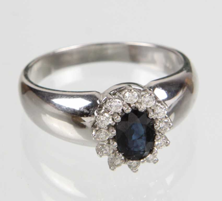Sapphire Ring with diamonds white gold 585 - photo 1