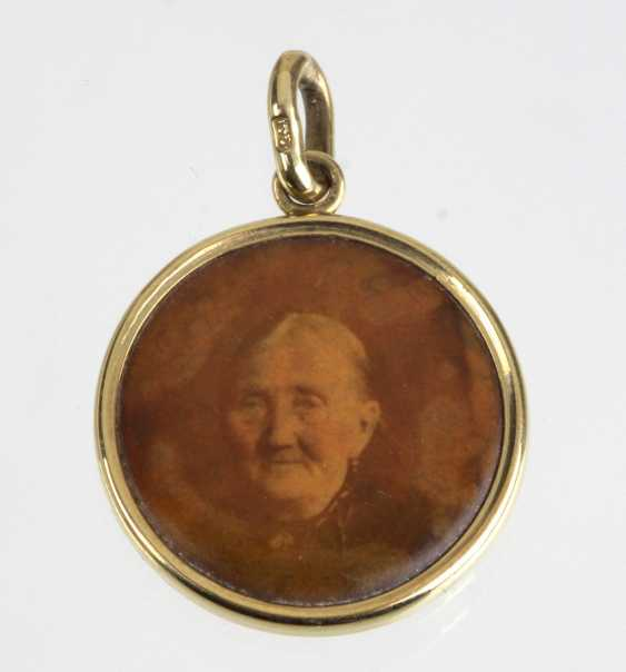 Photo Pendant - Yellow Gold 333 - photo 1