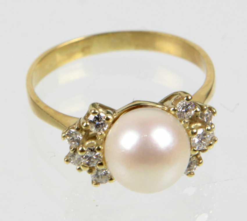 Akoya pearl Ring with diamonds - yellow gold 585 - photo 1