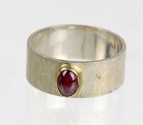 Silver ring with ruby - photo 1