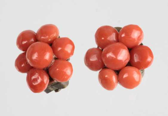 Coral clip on earrings 1930 - photo 1