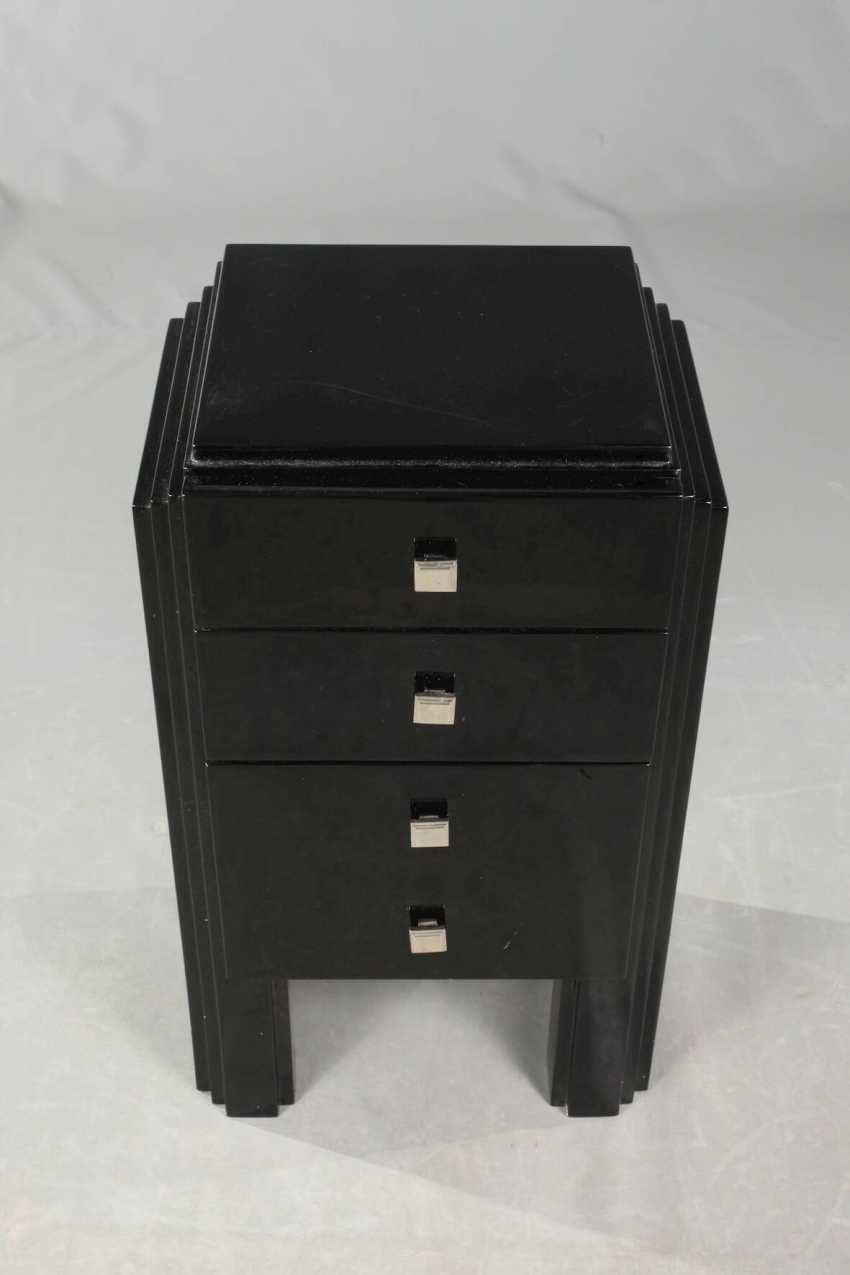 Couple of small arrow chests of drawers - photo 2