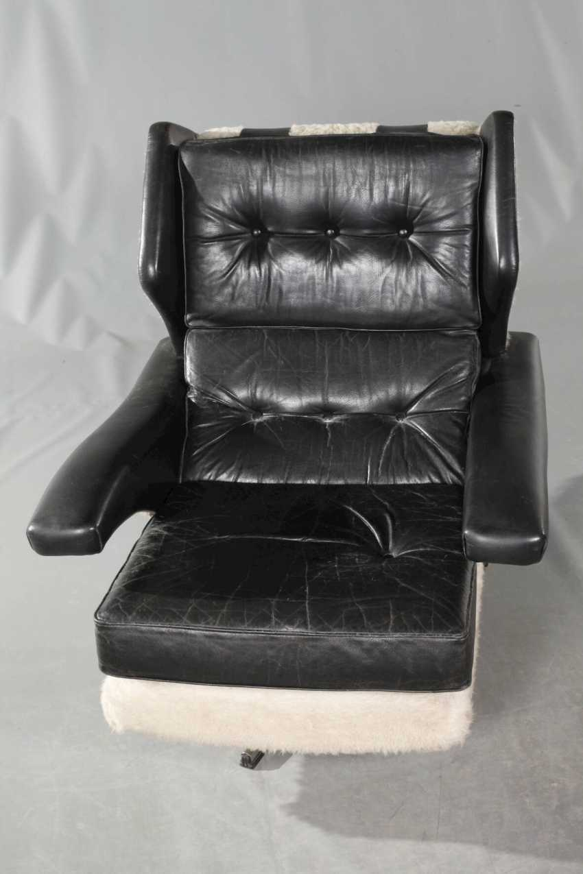 Pair Of Swivel Chairs Leather - photo 4