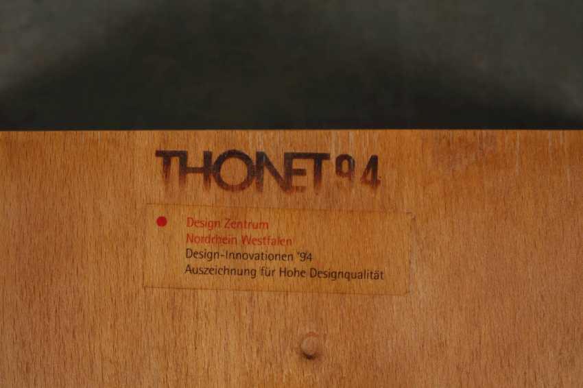 Sechs Stapelstühle Thonet - Foto 4