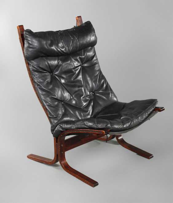 Siesta Lounge Chair - photo 1