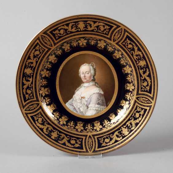 "Old Vienna Plate ""Empress Maria Theresia"" - photo 1"