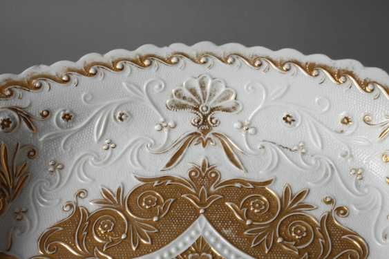 Meissen sumptuous dish with relief decoration - photo 3