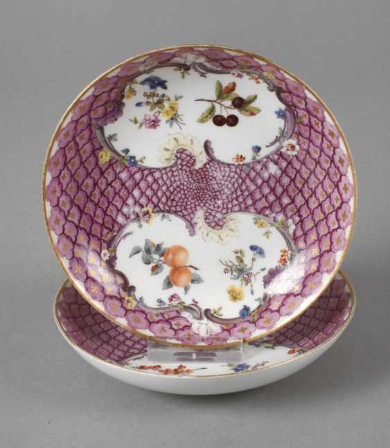 Meissen two saucers with shed decor - photo 1