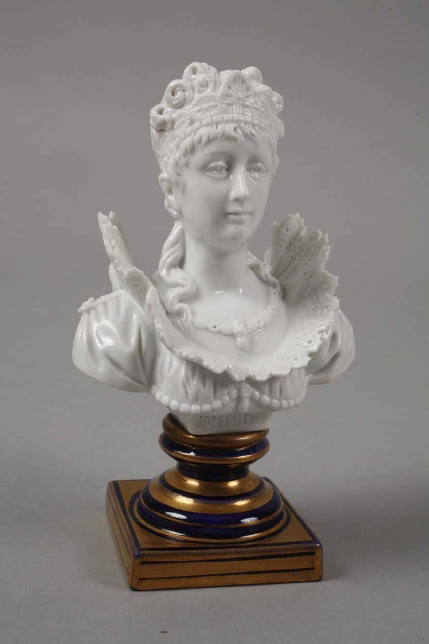 """Sevres small bust """"Josephine"""" - photo 2"""